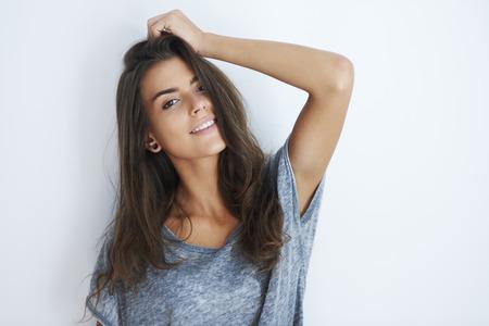 fashion model: Portrait of smiling attractive woman