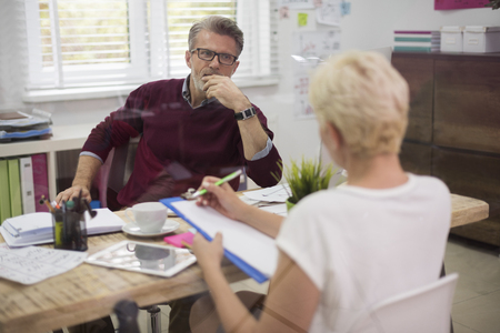 hombres maduros: La cooperación entre el ejecutivo y el secretario