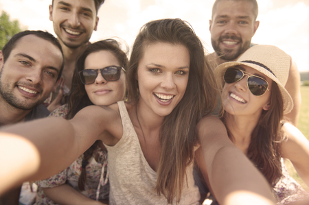 countenance: Selfie with the best friends