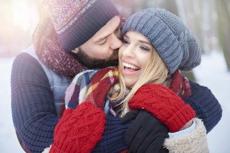 two hands: Frozen kiss for beautiful girlfriend