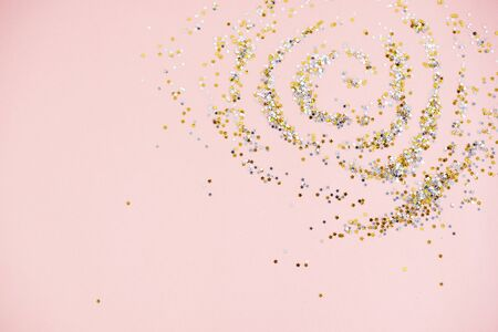 gleaming: Circles made by gleaming confetti