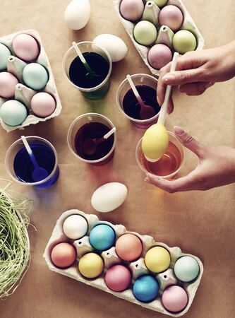 easter eggs: Dyeing eggs is so much fun