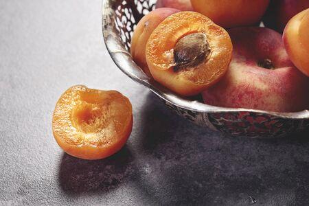 여름 과일 그릇에 스톡 콘텐츠