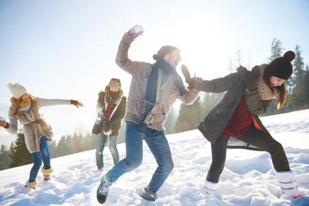Snowfight on the sunny day Zdjęcie Seryjne