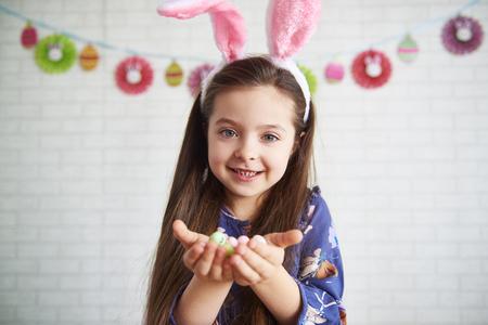 Portrait of girl with bunny ears Imagens
