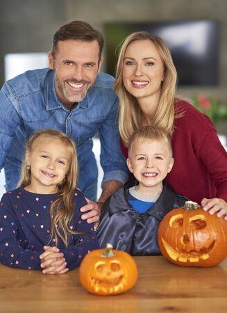 Portrait of cheerful family during halloween Reklamní fotografie - 130848988