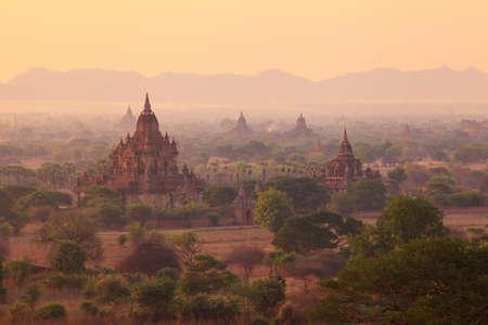 bagan: Misty sunrise from Shwesandaw Pagoda, Bagan, Myanmar