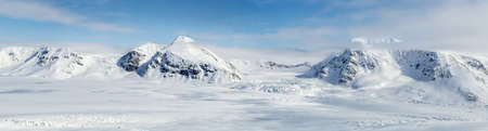 berg: Arctic winter in south Spitsbergen