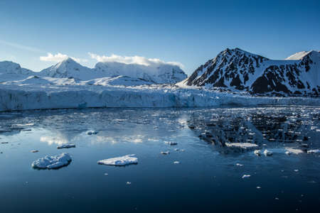 the firmament: Arctic spring in the south of Spitsbergen