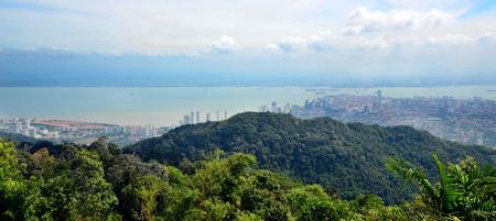 panorama view: Vista panoramica dalla collina di Penang