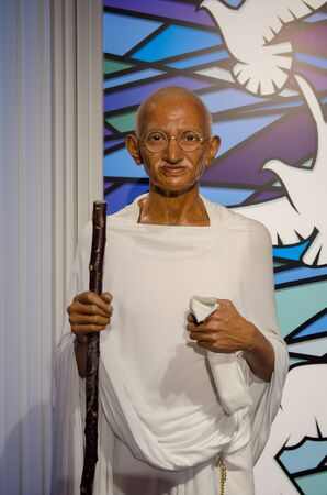 Singapore - September 15,2015 : The wax figure of Mahatma Gandhi in Madame Tussauds Singapore. 新闻类图片