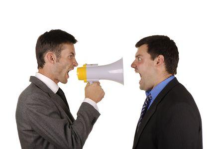 2 人のビジネスマンは感情的に白い背景で隔離の態度を見つける
