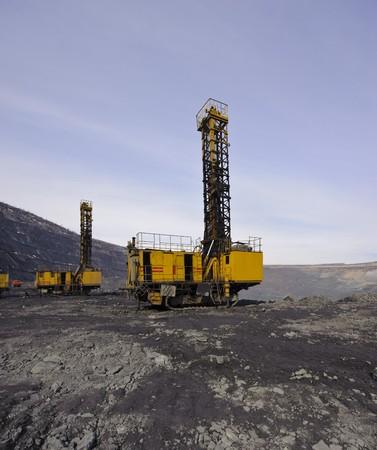 特別なノミ深いキャリアの中で爆発的な作品の搬出の油田掘削機