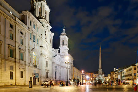 Night view at the Navona square in Rome, Italy Stock Photo - 11715841