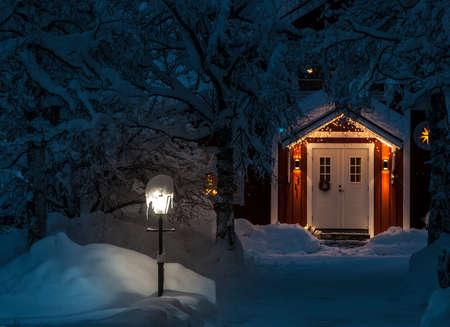 冬のフロント ・ ポーチ 写真素材