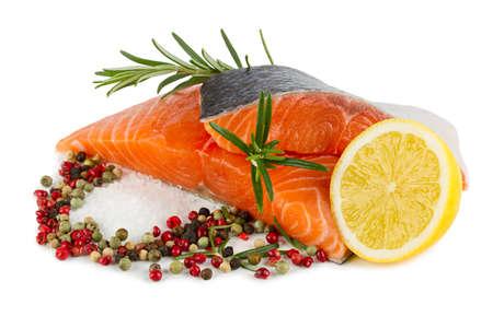 rosmarin: salmon filet with lemon slice