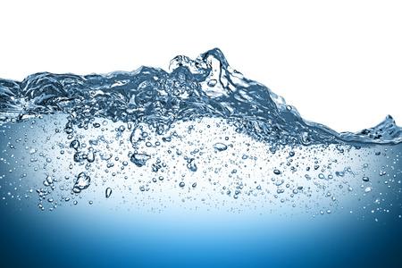 agua splash: onda de agua sobre fondo blanco Foto de archivo