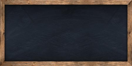 marco madera: gran pizarra con marco de madera Foto de archivo