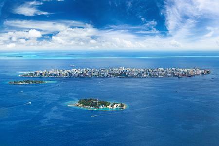 Luchtfoto op mannelijke hoofdstad van de Malediven