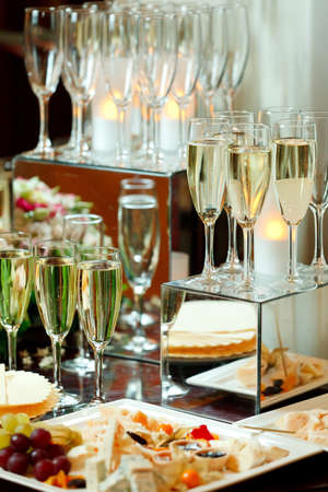 molted: Glasses of champagne, cheese