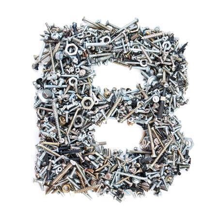 tuercas y tornillos: Carta de 'B' hizo de tornillos aislados en fondo blanco