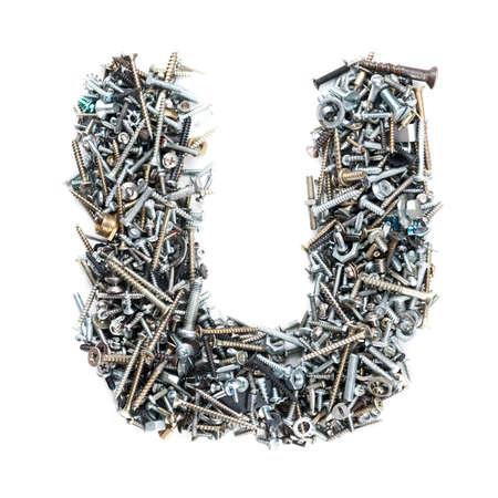 tuercas y tornillos: Carta de 'U' hizo de tornillos aislados en fondo blanco Foto de archivo