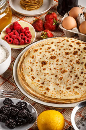 freshly prepared: Stack of freshly prepared traditional pancakes