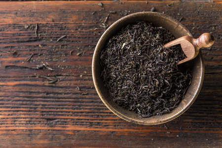 Vista superior de té negro secado Foto de archivo - 40079395