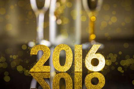 happy new year: Elegantes Gold 2016 Neujahr Hintergrund mit strukturierten goldenen Zahlen Lizenzfreie Bilder