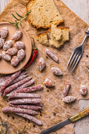 air dried salami: Salami composition with air dried salami