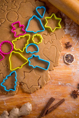pastry cutter: Gingerbread dough for Christmas cookies and cookie cutters.
