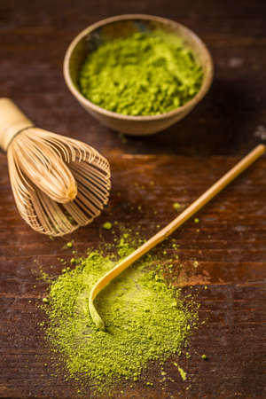 tea spoon: Green powder tea with bamboo whisk