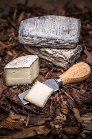 farmstead: A farmstead cheese made from fresh cow milk