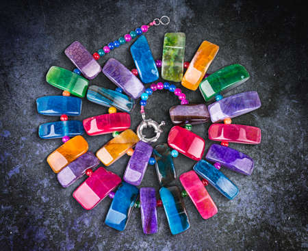 edelstenen: Necklace from colorful natural gemstones