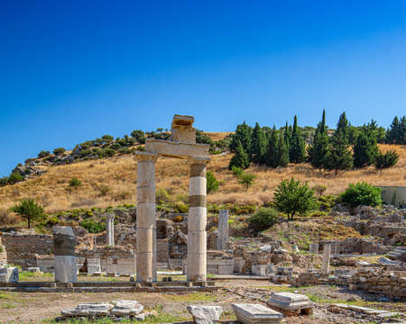 Ruins of the ancient city Ephesus, the ancient Greek city in Turkey, in a beautiful summer day Stockfoto