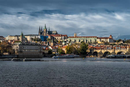 Charles Bridge Over Moldova River And Hradcany Castle In Prague In The Czech Republic Reklamní fotografie - 134461161