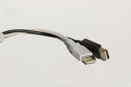 usb kabel: Isoliert auf wei� Anschluss f�r Schwarz und wei�-Usb-Kabels