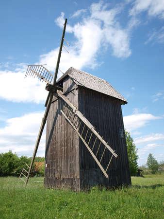 Molino de viento en Bialowieza 3