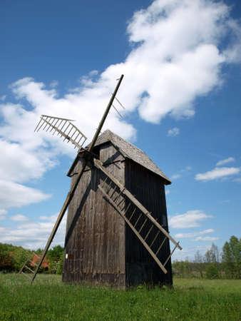 Molino de viento en Bialowieza 6 Foto de archivo