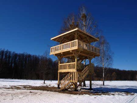 Observaci�n de aves en la torre de Bialowieza Polonia Podlasie