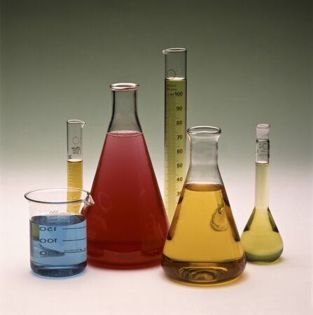 laboratory labware: Examples of laboratory glassware, flasks and beakers