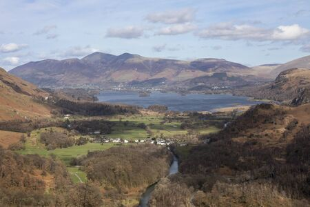 Keswick Derwentwater Skiddaw and the village of Grange from Castle Crag Imagens