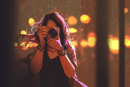 dipinto di donna con la macchina fotografica su sfondo della città di notte, illustrazione