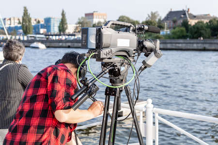operator with a large professional television camera on a tripod 免版税图像 - 158057164