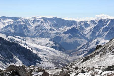 talus: Los Andes visto desde el Aconcagua Camp dos, Argentina  Foto de archivo