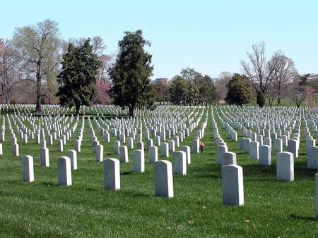 弗吉尼亚州的阿灵顿国家公墓。