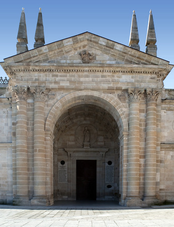 Entrance to a church Romanesque art, located in the Spanish province of Zamora Banque d'images