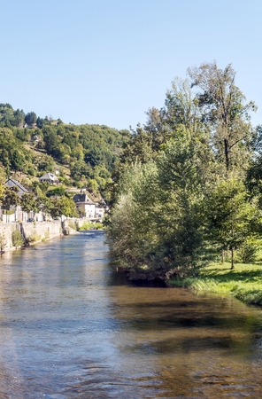 River in the Madele in France on a sunny day Standard-Bild