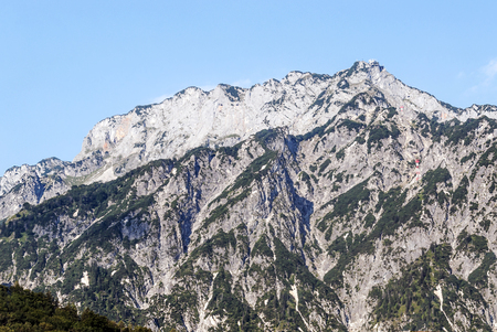 Mountains in the Austrian Alps on a sunny day 免版税图像
