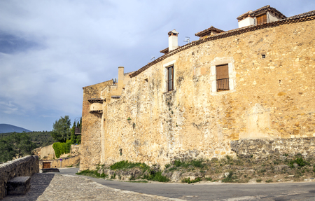 Pedraza is a Spanish town located north of Madrid. It is famous for its medieval buildings, such as the castle of Pedraza, where works by the Basque painter Ignacio Zuloaga are on display. From 1550, in the town the patron saint celebrations are celebrate Editorial